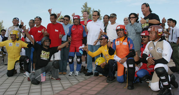 BASE Jumpers in Sabah with Chief Minister